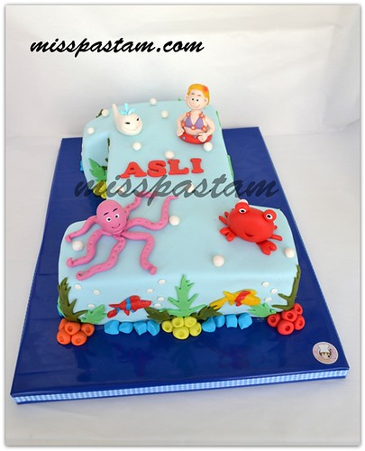 Aslı 's sea animal cake by MİSSPASTAM