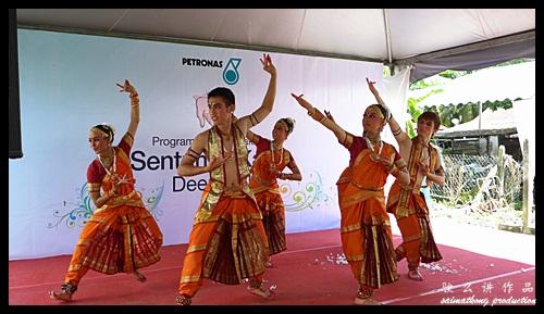 Deepavali Dance : Sentuhan Kasih Deepavali with Petronas @ Kampung Wellington, Manjung, Perak