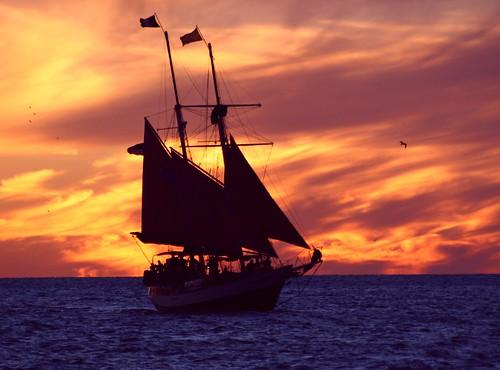 Fire Sail ~ Quarta Sunset 144