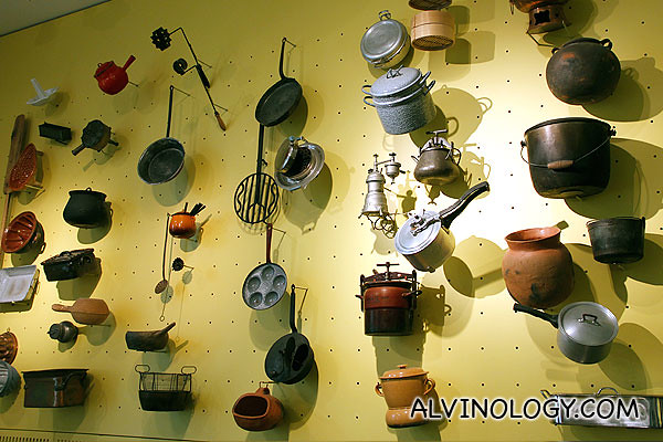 Cooking pots and pans from around the world