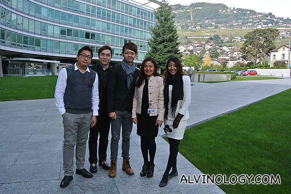 Group picture in front of Nestle HQ
