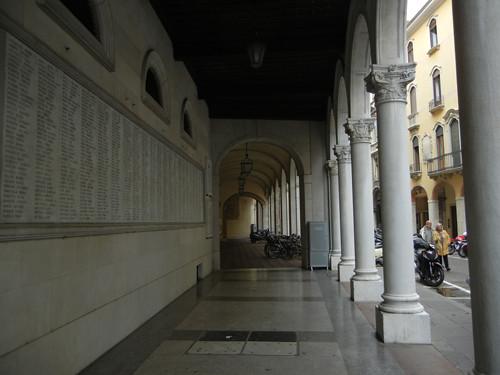 DSCN0803 _ Padova, 12 October