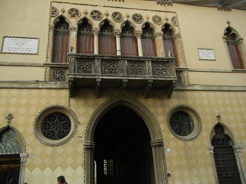 DSCN1036 _ Palzzo della Ragione, Padova, 12 October