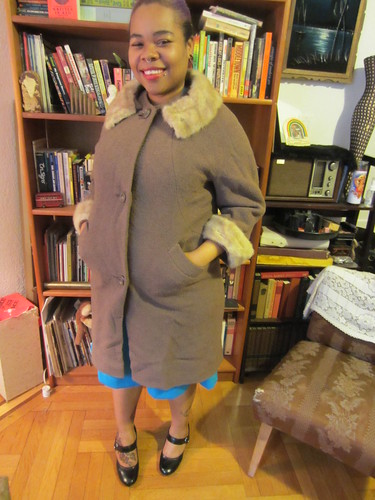 1X/2X Vintage Brown Fur Collar & Cuffs Coat $50 (#10)