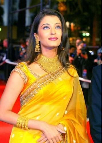 Aishwarya Rai – 2002 Pic 1