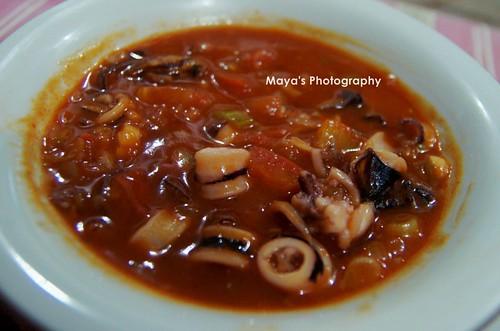 Sop Seafood Asam Manis
