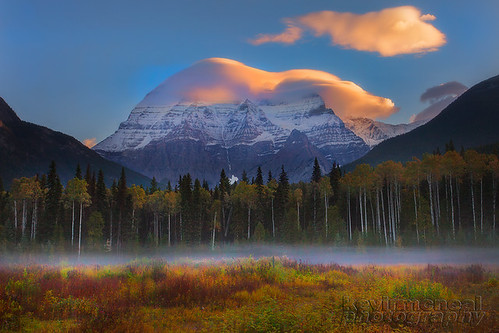 autumn fall weather clouds landscape britishcolumbia mount robson lenticular canadianrockies