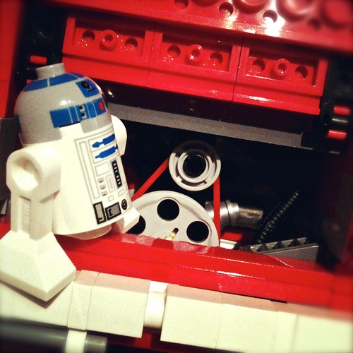 R2D2 can fix everything by MAC2214JV