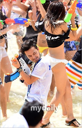 GDragon_Waterworld_DryD_Commercial-Shoot-20140704 (8)