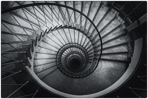 bremen germany deutschland photowalkmitankeknipst stair stairs stairway treppenhaus stairwell steps escalier escala escalera ле́стница rampa scala doventorscontrescarpe172 blockd avib