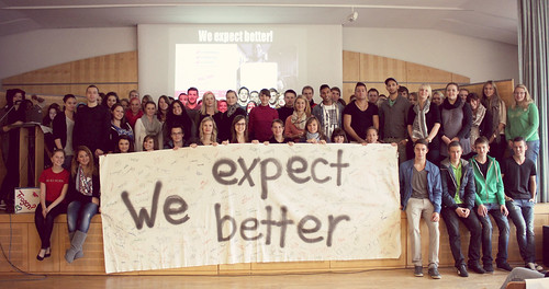 10_T-Mobile_We_Expect_Better