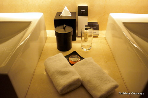 oakwood-hotel-toiletries.jpg