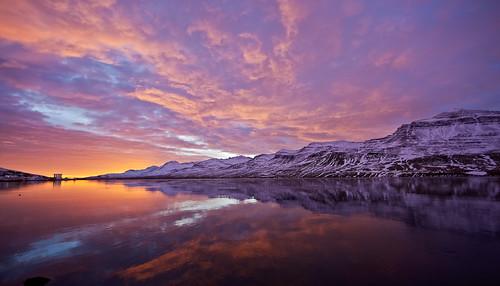sky mountains clouds sunrise iceland village ísland ský himinn speglun sólarupprás 25faves fáskrúðsfjörður faskrudsfjordur þorp jónínaguðrúnóskarsdóttir