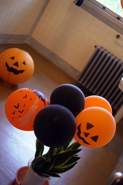 Yamate-Halloween-Walk2012-37-R0022529