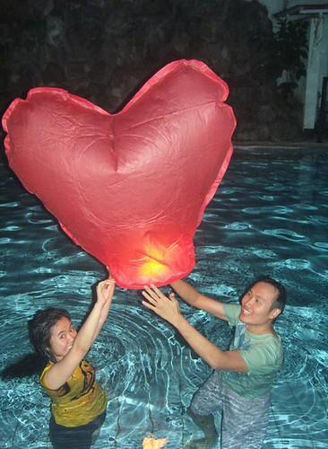 heart-paper-lanterns