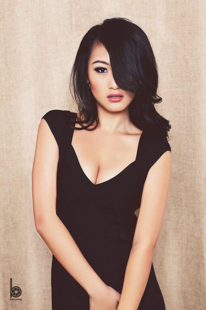 Most beautiful naked asian girls