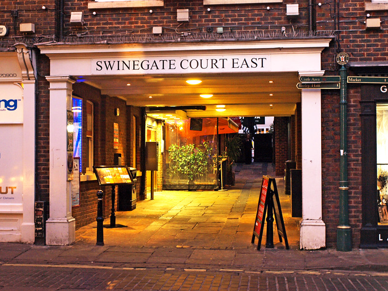 Swinegate East, York