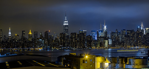 city nyc cityscape cityscapes newyorkskyline manhattanskyline empirestate scape atnight litup newyorkcityphotography nyccityscapes newyorkcitycityscapes wythehotelbrooklynviewofcityfrombar