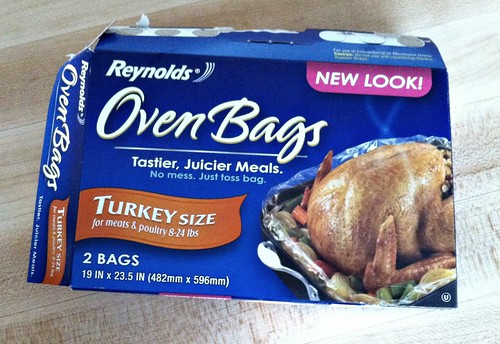 oven bags to roast a juicy turkey
