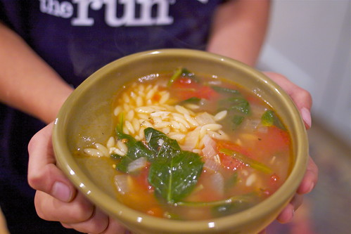 Spinach, Tomato and Orzo Soup