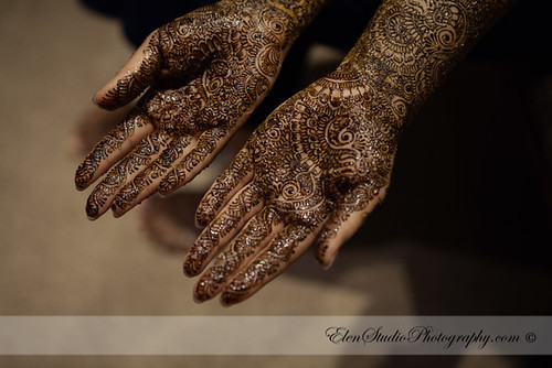 Indian-wedding-photographer-Henna-night-V&A-Elen-Studio-Photograhy-001