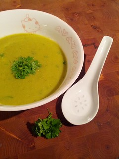 Winter pea soup