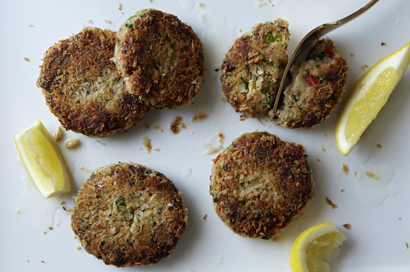 spiced salmon cakes