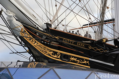 ship of the line(0.0), sail(0.0), schooner(0.0), galley(0.0), longship(0.0), carrack(0.0), cog(0.0), caravel(0.0), brigantine(0.0), sailboat(1.0), sailing ship(1.0), vehicle(1.0), ship(1.0), mast(1.0), watercraft(1.0), boat(1.0), galleon(1.0),