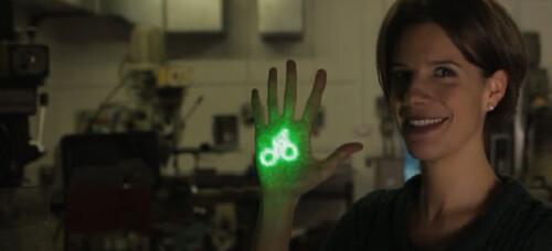 BLAZE – лазер и светодиоды повышают безопасность велосипедистов (Видео)
