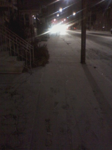 Early winter snow, Dupont Street