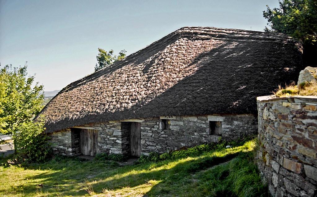 Palloza 2, O Cebreiro, Galicia