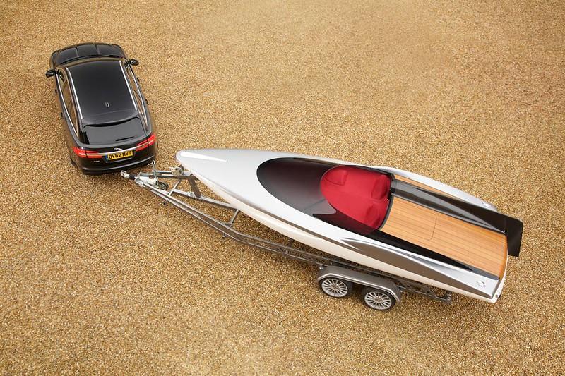 jaguar concept speedboat-2