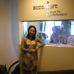 Image of a student who received the Perlmutter Institute internship at Accenture