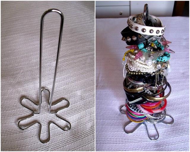 Bracelet stand
