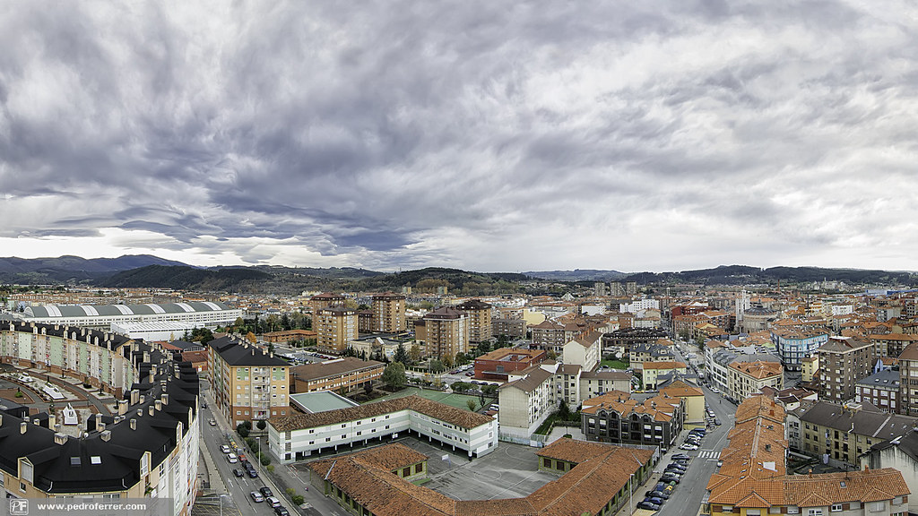 Torrelavega Panorama wallpaper