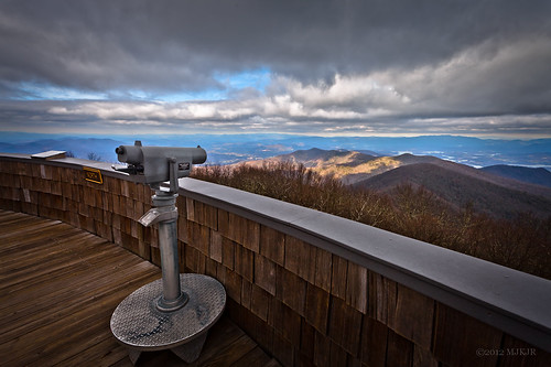 mountain clouds canon appalachians hiawassee brasstownbald youngharris 17mm lakechatuge enchantedvalley northga ef1740mmf4lusm brasstownvalley canon5dmkii brasstownbaldobservationdeck