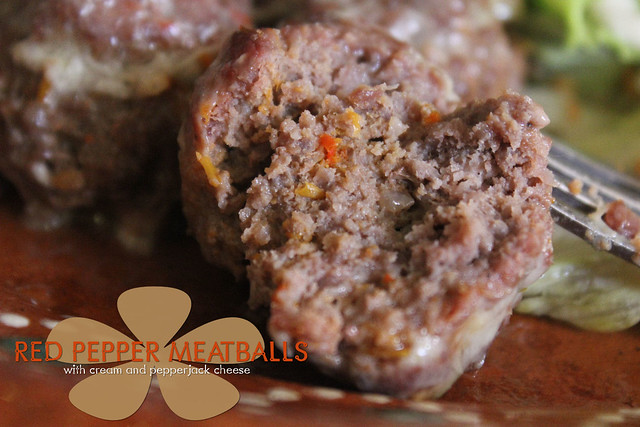 Red pepper meatballs