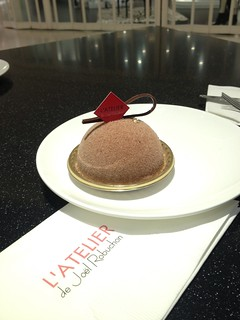 Earl Grey Tea Cake by Joël Robuchon