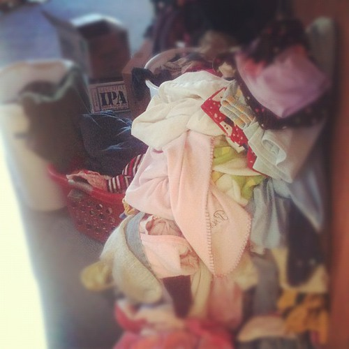 My Red Room of Laundry: help!!