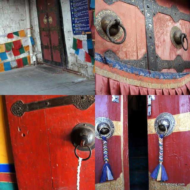 Doors in Tibet
