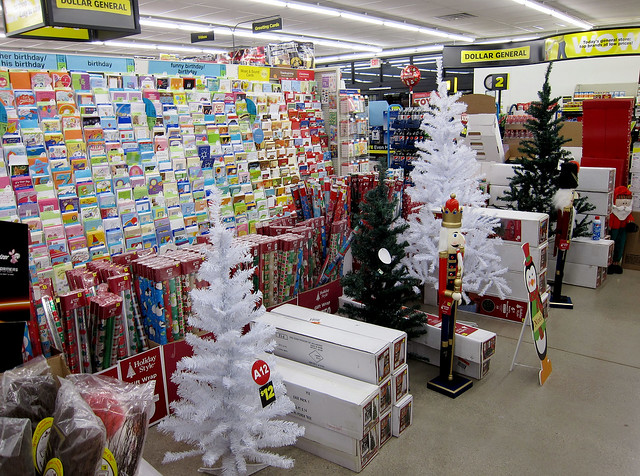 Dollar General Christmas Decor 11-26-12 01 | Flickr - Photo Sharing!