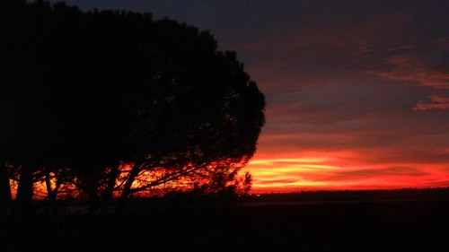 Alba rossa a Filo by meteomike