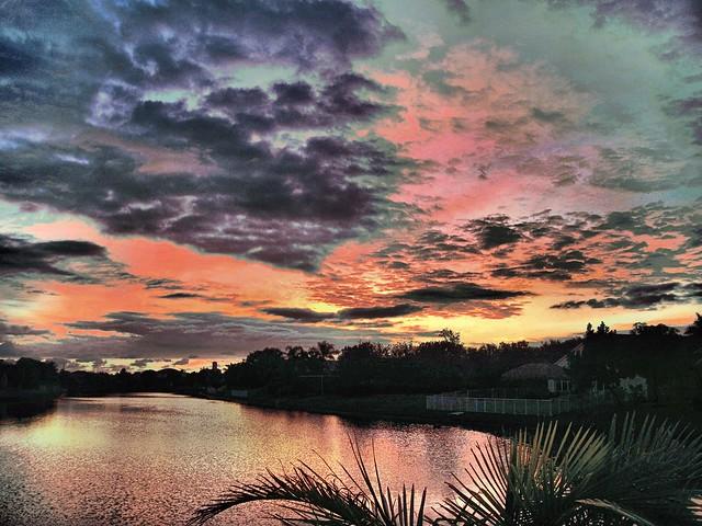 Sunrise HDR 20121205