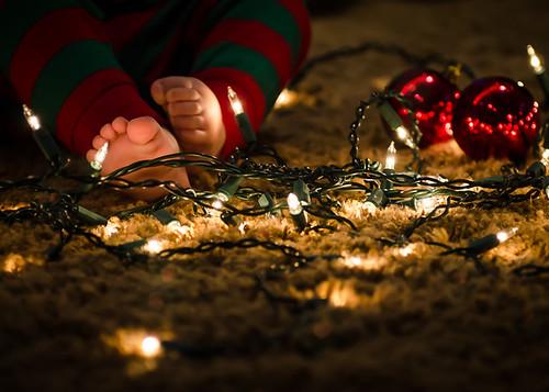 2012.342 (Christmas Toesies)