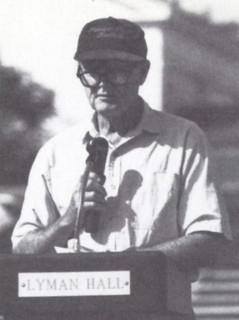 Jack Merritt '39 was present on September 28, 1991, when Alumni Field officially became Earl J. Merritt Field, in honor of Jack's father, Fuzz Merritt '25, longtime Pomona College football coach.