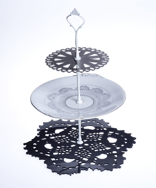 06. Imogen Luddy - cake stand cut out | Flickr - Photo Sharing!