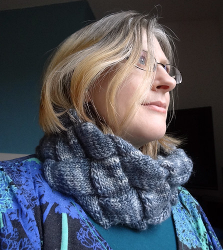 Infinity Cowl in Grey 04