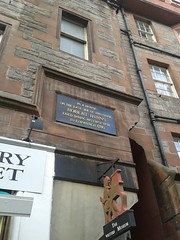 Photo of Robert Burns black plaque