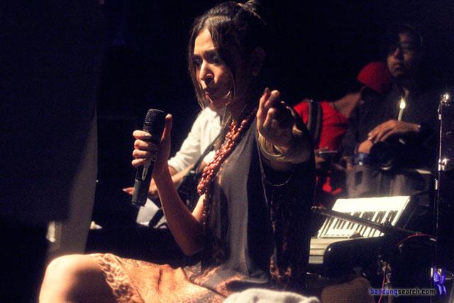 Ngayogjazz-2012-Syaharani-(1)