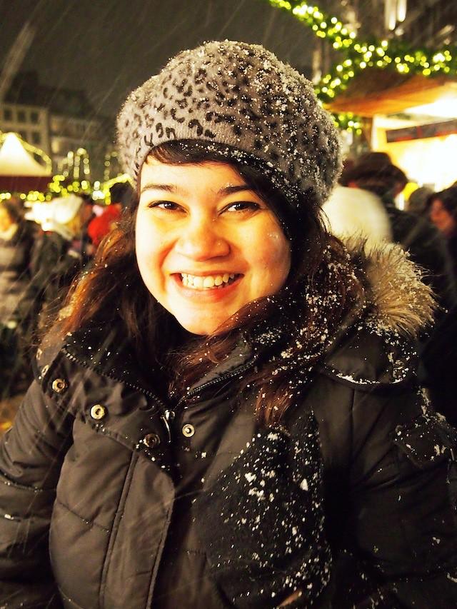 Snow at Aachen Christmas market